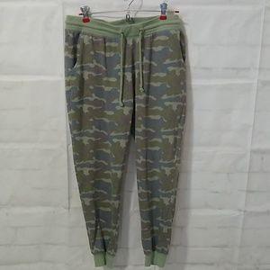 Junior's XL camo camouflage joggers sweatpants